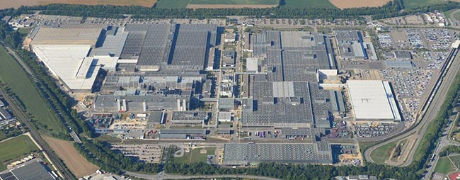 Завод в Регенсбурге - здесь была выпущена первая единичка
