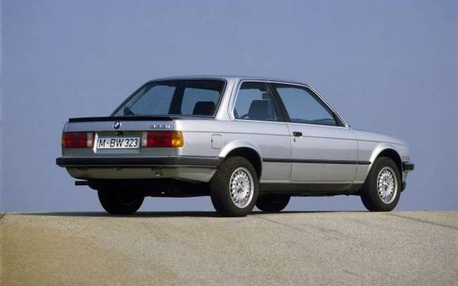 BMW E30 3 Series - 323i Coupe
