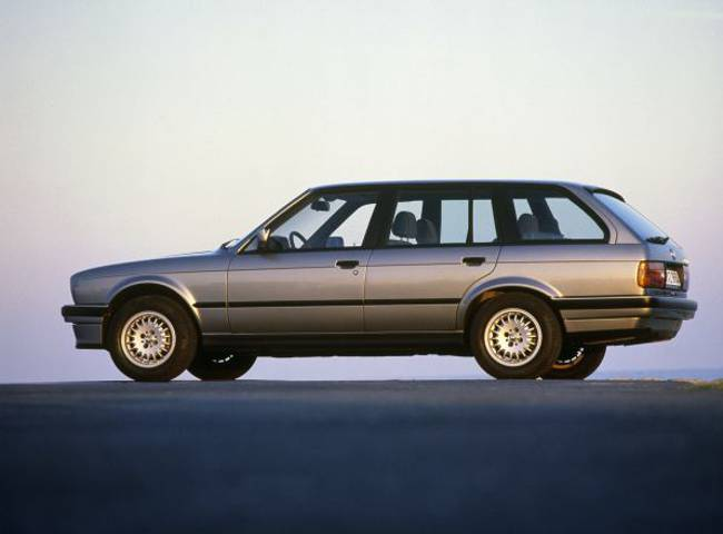 BMW E30 3 Series - 325i Touring