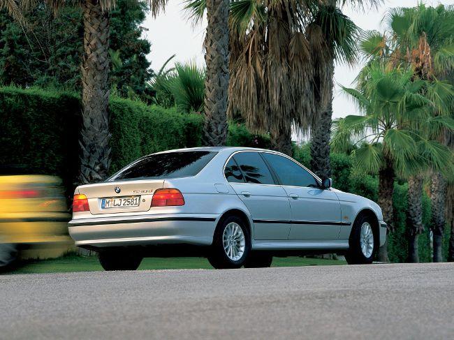 BMW 5 серии в кузове Е39