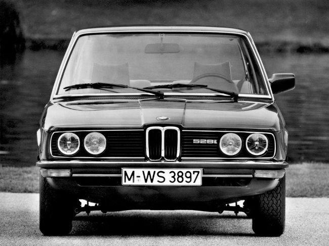 BMW E12 - первое поколение 5 серии