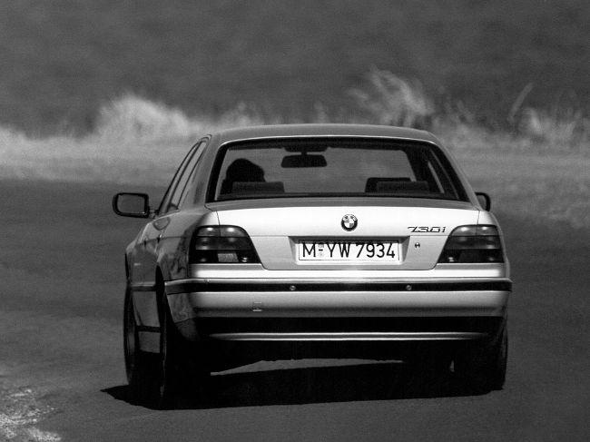 BMW E38 - 3-е поколение 7 серии