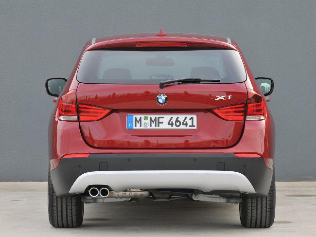 Первое поколение BMW X1 - E84 - вид сзади