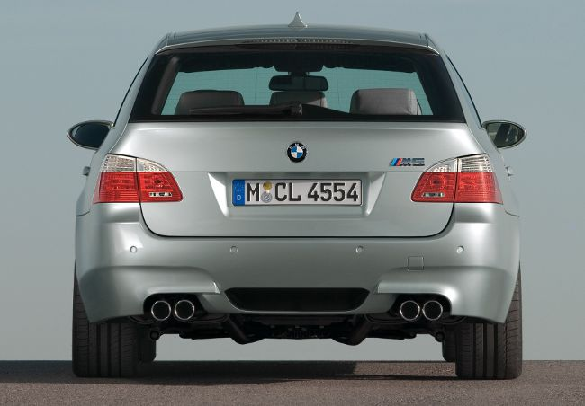 Фото туринга BMW M5 E61S