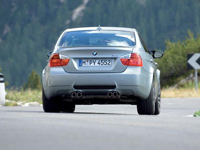 BMW M3 E90 - седан второго поколения