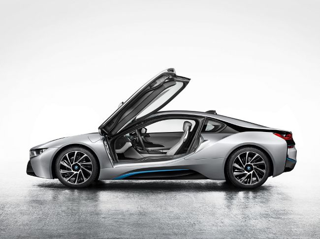 BMW i8 Coupe i12