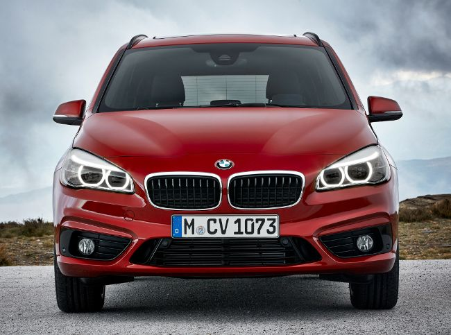 BMW F46 Gran Tourer 2 Series - вид спереди
