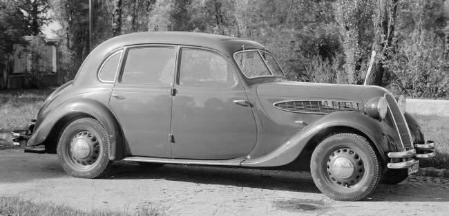 BMW 326 - 4-местный седан