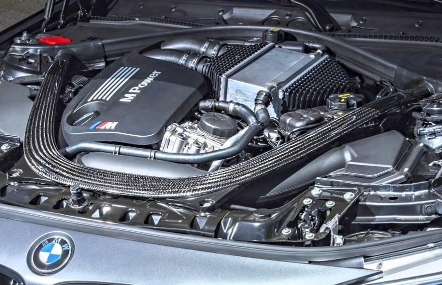 Мотор S55 под капотом BMW M4 GTS F82