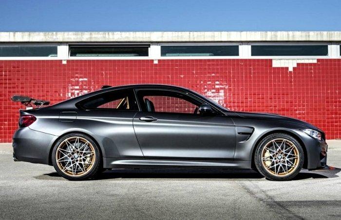 Фото спорт-купе BMW M4 GTS F82
