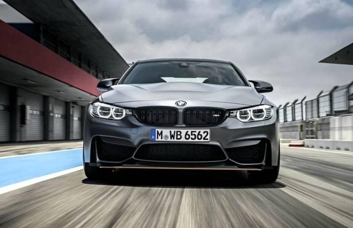 BMW M4 GTS F82 - вид спереди