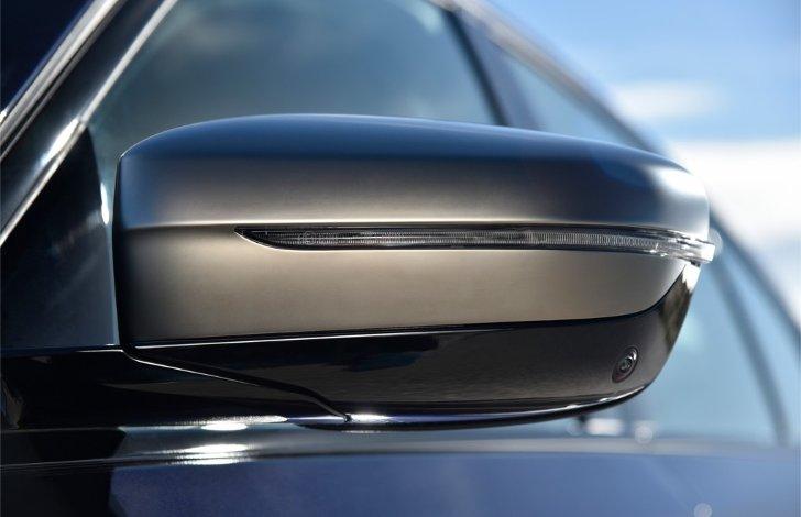 Зеркало-заднего-вида-BMW-M550i-xDive-G30-5-Series