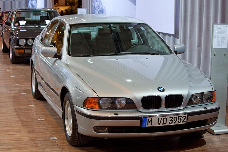 Идеальная BMW E39 - не бита и некрашеная