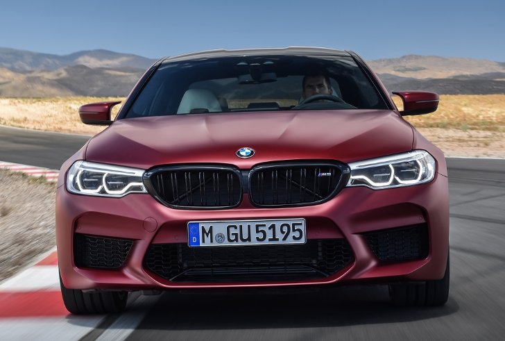 BMW M5 First Edition F90 - фото 4