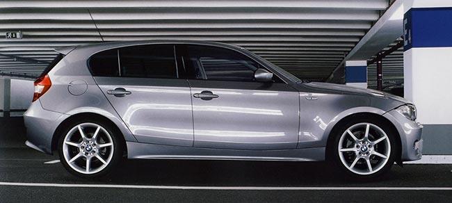 BMW-E87-стал-превым-вариантом-компактных-хэтчбеков-1-серии