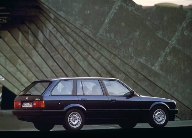 BMW E30 3 Series - 318i 1989 года