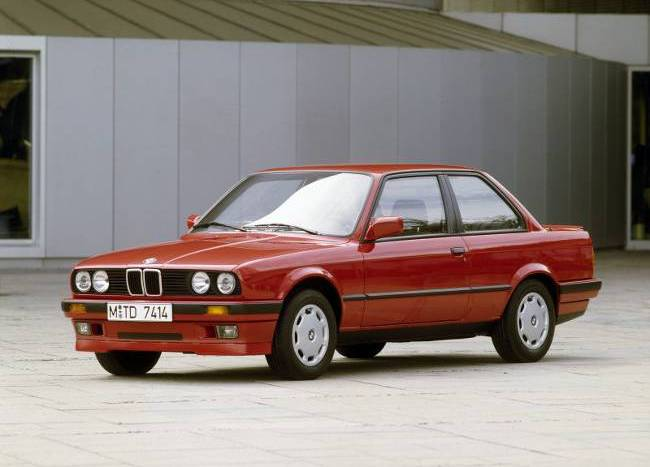 BMW E30 3 Series - 318is 1989 года