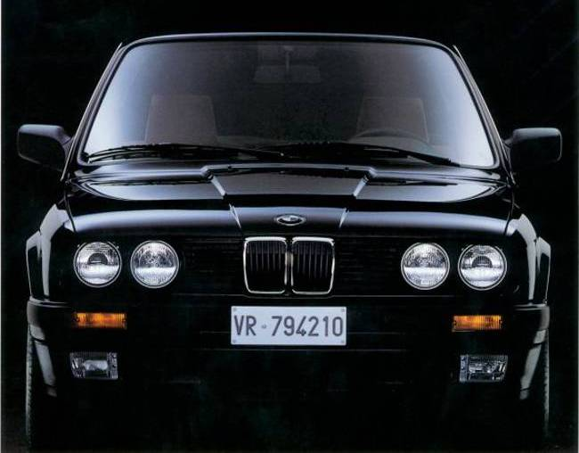 BMW E30 3 Series - 320is 1987 года