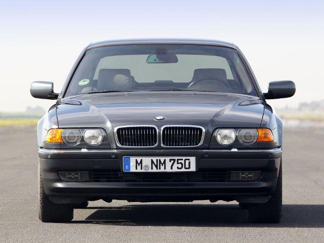 Обновленная 7 серии BMW E38