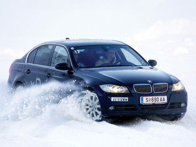 BMW 3 Series E90 Sedan - 4