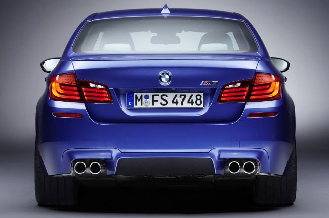 Фото BMW M5 F10S