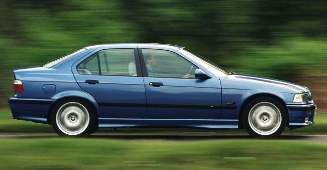 BMW M3 E36 1-е поколение в кузове седан