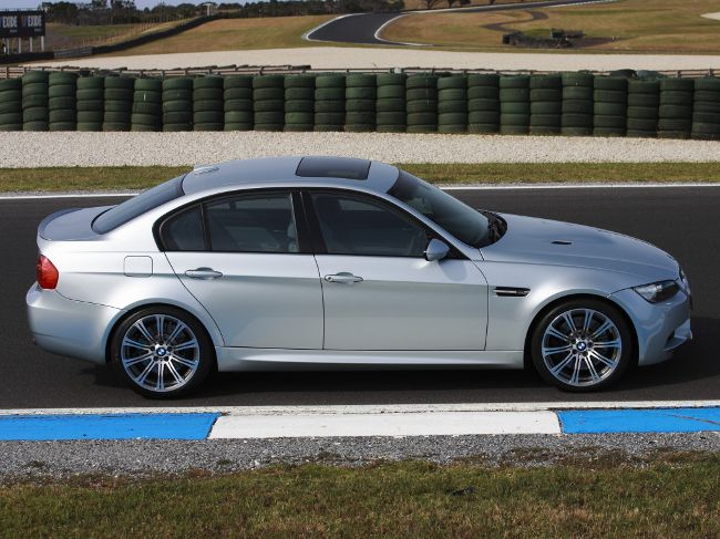BMW M3 E90 Sedan после растайлинга
