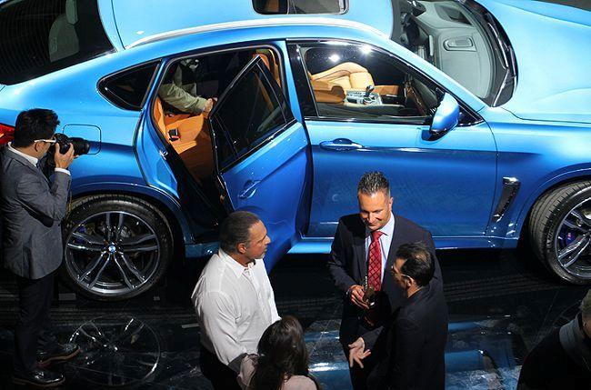BMW X6M F86 - на презентации в Голливуде