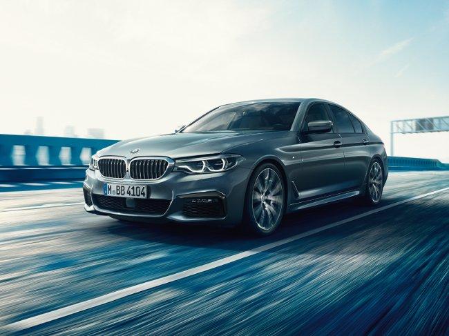 Новый-BMW-G30-5-Series-2017
