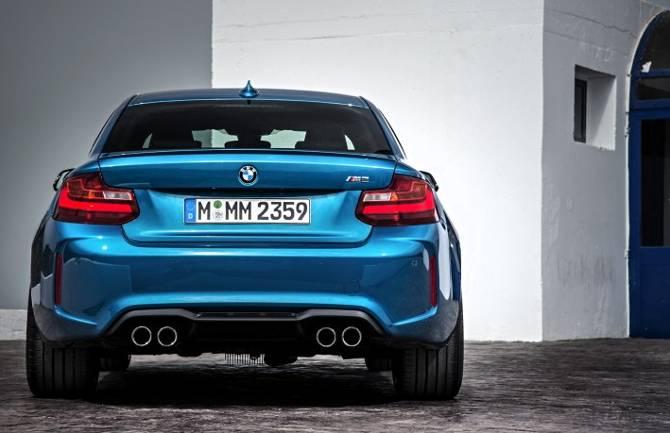 BMW F87 M2 - вид сзади