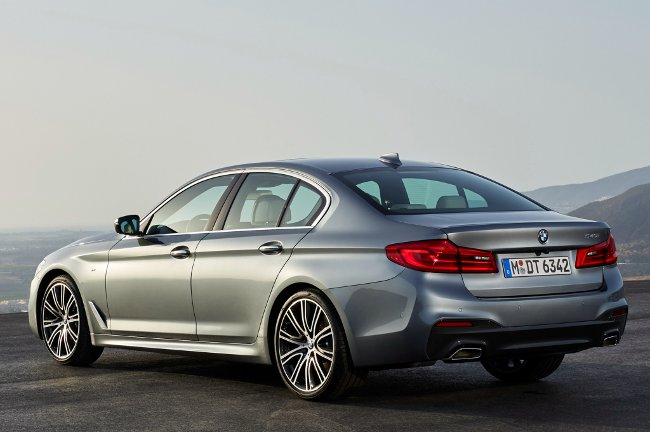 Задняя-часть-BMW-540i-G30-M-Sport-Package