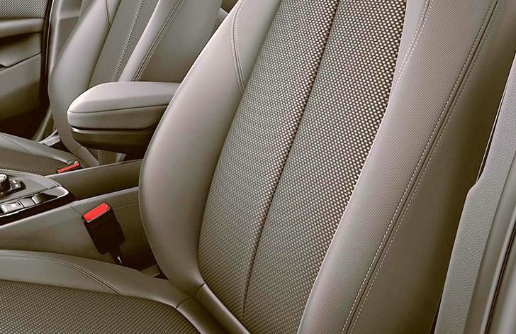 Салон BMW X2 F39 - базовая версия